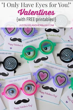How cute are these adorable Valentines?! My kid would love the fun glasses! Click through to the post to get the free printables!