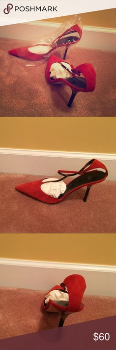 Beautiful Vera Wang Pumps Rustic Coral. Never Worn Pointed pump with straps-detailed heel. Timeless Vera Wang dressy shoe. 2.3/4 height. Suede! Vera Wang Shoes Heels