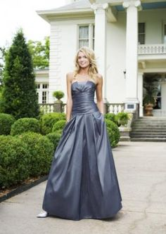 Strapless Pleated A-line Skirt Satin Bridesmaid Dress With Side Pockets$202.98