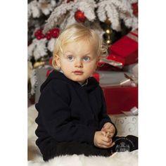 Princess Charlene and Prince Albert release Christmas card, plus new portraits of Monaco twins - HELLO! US
