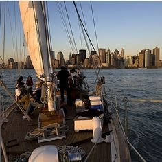 Sit back, relax, and sip wine while enjoying the views of the incredible Manhattan cityscape as you sail effortlessly through the waters of the Hudson River in New York.