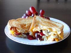 As Good As Gluten: Chicken and Grapes Grilled Cheddar Cheese