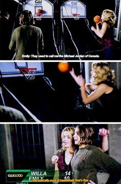 Emily & Willa #Arrow <3<3<3