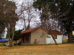 Jack Palances ranch house....  Tehachapi was known as home to a few celebrities.
