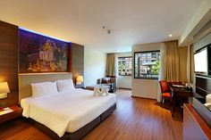 Book Thailand Now offers curated travel packages hand-picked by the TAT team for a limited amount of time. Thailand Honeymoon, Phuket Thailand, Phuket Hotels, Park Resorts, Buddhist Temple, City Break, Blue Lagoon, Good Night Sleep, Hotel Offers