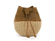 Bucket Bag, Fashion, Sacks, Fur, Moda, Fashion Styles, Fashion Illustrations