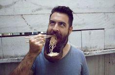 О жизни под носом  http://ufa-room.ru/blog/53795/  Усы и борода — ваша собственность или бесполезный придаток? Выясняем.