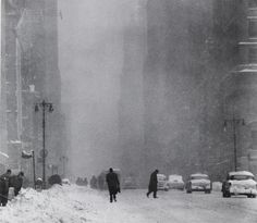 Big Snow, Street, New York, 1956 by Andreas Feininger on Curiator, the world's biggest collaborative art collection.