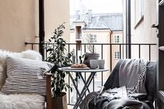 my scandinavian home: Clever small space style in Stockholm