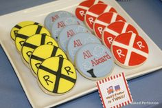 Train Theme Sugar Cookies Resemble Crossroad Signs - Foodista.com