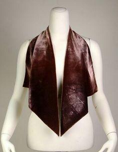 Scarf Caroline Reboux (French, Date: Culture: French Medium: Silk Suzy, Caroline Reboux, Victorian Corset, Paris Mode, 1920s Dress, Vintage Velvet, Clothing Items, Kimono Top, Female