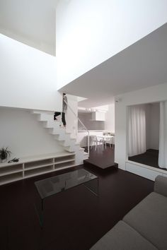 Omihachiman House by ALTS Design Office