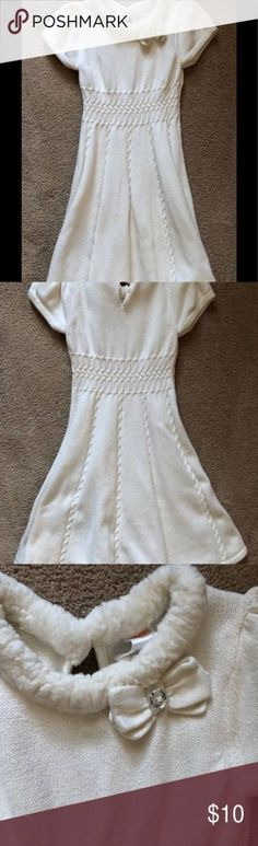 Faux fur collar, 3 button closure back. EUC from smoke free pet free home. Trendy Dresses, Casual Dresses, Short Dresses, Casual Sweaters, White Sweaters, White Sweater Dress, White Dress, Peony Colors, Gymboree Dresses