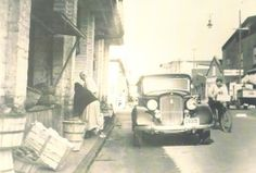 Photo of the Charleston City Market from the 50's  www.scplaces.com