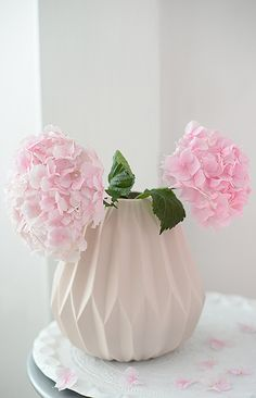 hortensien in rosa vase: http://www.wunderschoen-gemacht.de/shop/