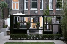'Cube Play' by Earth Designs A modern contemporary minimalist garden in Maida Vale, Queens Park London W2 | by Earth Designs - Garden Design and Build