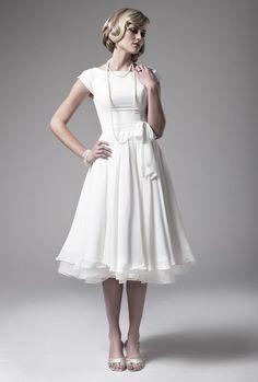 Iris - www.claireclavi.com - tea length wedding dress with sleeves. Retro wedding dress. Short wedding dress. Under $550.