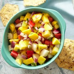 Mango Pico de Gallo Add a pop of color to your bag of golden tortilla chips. Mango and jicama—a sweet Mexican yam—make a crisp-cool team alongside red onions and peppers in this ready-to-scoop pico de gallo. Appetizer Recipes, Snack Recipes, Cooking Recipes, Appetizers, Game Day Snacks, Party Snacks, Mango Recipes, Mexican Food Recipes, Savory Snacks