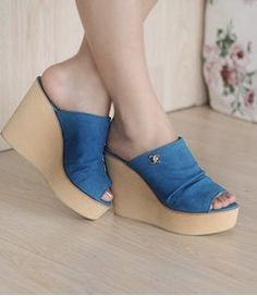 Hot & Fashionable Fish Mouth Wedge-heeled Slippers----Blue