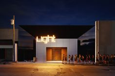 Completed in 2016 in Hermosillo, Mexico. Images by Alexander Potiomkin  . The project is the restoration of an existing dance club, making the general area the most impressive element of this place. We createa hexagon grid...