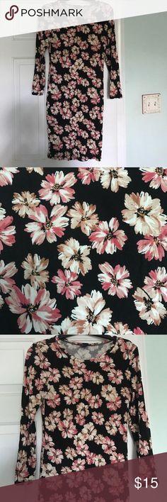 Floral bodycon midi dress Floral three quarter sleeve dress Forever 21 Dresses Midi