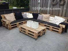 Ideal Pallet Lounge Set