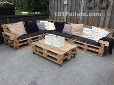 Ideal Pallet Lounge Set