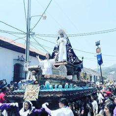Dios te salve Reina y Madre! #unacuaresmadiferente #cuaresma2017 #cucuruchoenguatemala