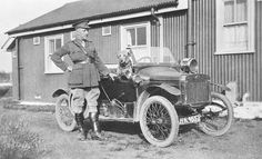 An Army Officer Stands by the Side of his G,W,K, Open Tourer c. 1912