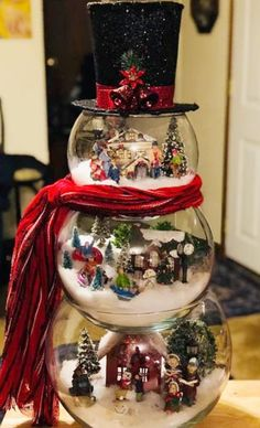 Awesome Christmas Decorations on a Budget – Fish Bowl Snowman Snowman Christmas Decorations, Snowman Crafts, Christmas Centerpieces, Christmas Snowman, Christmas Projects, Simple Christmas, All Things Christmas, Holiday Crafts, Christmas Holidays