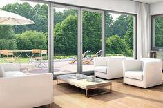 Speciální způsob lepení dovoluje vyrábět skla vysoká i 260 cm, krásně tak propojíte interiér a exteriér domu ; inoutic