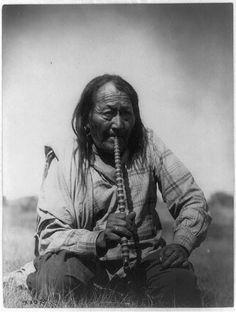 Arapaho Indian smoking pipe