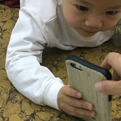 IPhone 6s break or not after dropping?Just guess.2 years old Chinese baby tell u how to protect your iphone 6 from dropping accidently .https://youtu.be/AlixJQuniiE  Best drop protection case for iphone6/6s/6plus/6splus.Lowest at $5.99 !!! Only on Blackfriday!