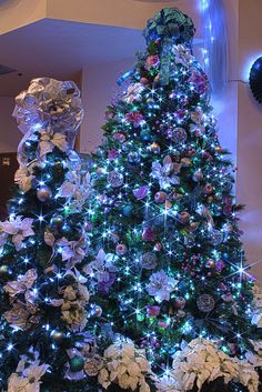 Silver, Purple, and Blue Themed Christmas Tree in LED Lights by Mastery of Maps, via Flickr