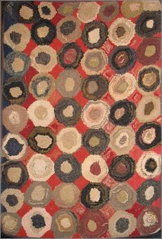 "Late 19th C. ""Circles"" hooked rug Love this circle rug in a limited palette rather than the rainbow coloured coin rugs you see more often."