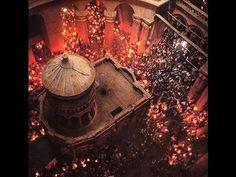 لحظة ظهور النور المقدس بكنيسة القيامة 2014 فى القدس