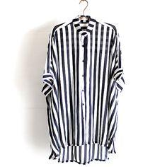 モード系ファッションの通販サイトalbino(アルビノ)です。こちらではロンドンストライプ柄ドルマンビッグシャツに関して紹介しております。他にもメンズ、レディース共にお使い頂けるモード系ファッションアイテムをご用意しております。