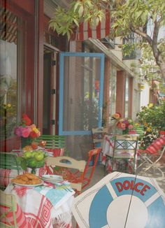 La Dolce Isola, restaurant on So. Robertson, L.A., by owners of The Ivy and Indigo Seas.
