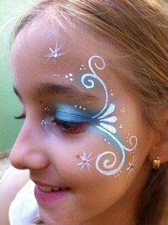 diy frozen face painting for kids Girl Face Painting, Body Painting, Simple Face Painting, Face Paintings, Easy Face Painting Designs, Princess Face Painting, Face Painting Flowers, Frozen Face Paint, Mermaid Face Paint