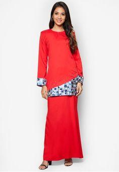Kebaya, Hemline, Designer Dresses, Stones, Dresses For Work, Smooth, Formal, Chic, Casual