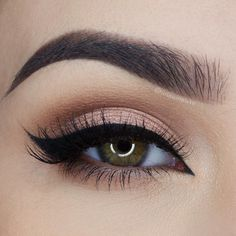 love this soft shimmery peach eye with black winged liner ~ we ? this! moncheribridals.com More
