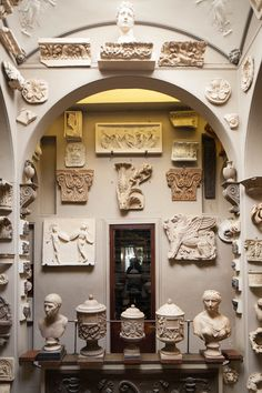 LM Inspiration: SirJohn Soane's Museum, the former home of neo-classical architect John Soane sardined with his collections of paintings, drawings and antiquities. Greek Art, Architectural Salvage, Decoration, Gallery Wall, Abstract, Artwork, Painting, Inspiration, Othello
