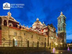 EL MEJOR HOTEL EN PUEBLA. En Best Western Real de Puebla, conocemos la importancia de conocer por primera vez la ciudad y querer recorrerla para conocer sus atractivos más importantes. Le recordamos que nos ubicamos en el corazón de la capital, para que salga a disfrutar de todo el encanto que envuelve a este bello lugar. #bestwesternenpuebla