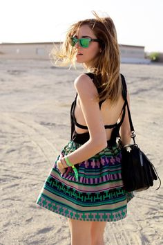AZTEC PRINT WITH FUN BACK