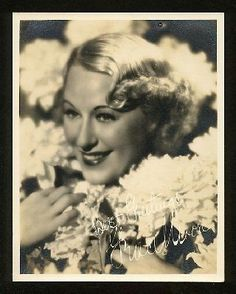 Grace Moore Grace Moore, Black N White Images, Black And White, 1930s Fashion, Classical Music, Hair Inspiration, Mona Lisa, Artwork, 30s Fashion
