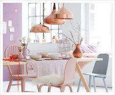 büyük lambali pastel masa