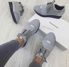 Pinterest & IG: @shaylarodneyy ✨ Cute Sneakers, Best Sneakers, Cute Shoes, Shoes Sneakers, Gucci Sneakers, Grey Sneakers, Pumas Shoes, Converse Shoes, Sneakers Fashion Outfits