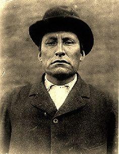 Tacankpe Luta (aka Scarlet Colored War Club, aka Red Tomahawk, aka Marcellus Red Tomahawk) - Yanktonai/Hunkpapa - 1897
