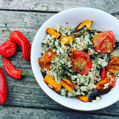 Dove c'è riso c'è @carmenarancino  #repost #glutenfree  #senzaglutine #singluten #glutenfrei #facileveloceebuono  #vegetarian #healthyfood #mangiaresano #cibosano #healthychoices  #yummy #riso #arroz #rice regram @maryle_goes_vegan Ive made more Risotto!This time I added sweet potato and tomatos. And if course liads of chillies. #risotto  #lovefood  #delicious  #healthyvegan  #bestofvegan  #easyfood  #quickandeasy #vegalicious