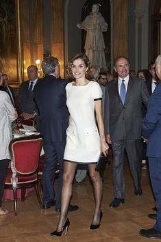 "Queen Letizia of Spain (C) attends the ""Luis Carandell"" Journalism Award at the Senado Palace on October 6, 2015 in Madrid, Spain."